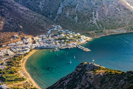 A 7-Day Greece Itinerary To Experience The Best Of The Country In Under ₹30,000!