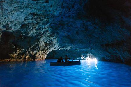 A Day in Capri,The Exotic Italian Island!!