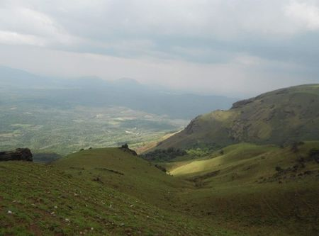 A Trekker's Delight - In The Western Ghats of India - Baba Budangiri and Mulayanagiri (Chikmagalur)