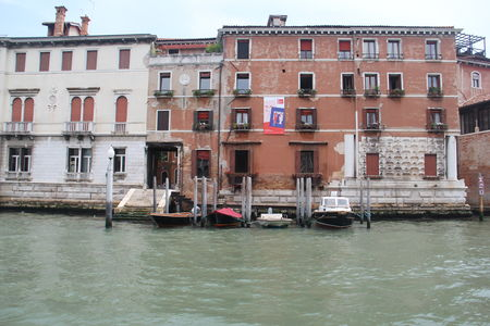 Indian Couple's Guide To A Perfect Honeymoon InVenice