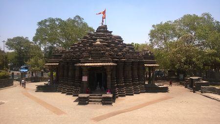 Hemadpanti Style Shiv mandir, Ambarnath