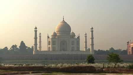 Visit this moon-garden in Agra to enjoy an unearthly view of the Taj Mahal