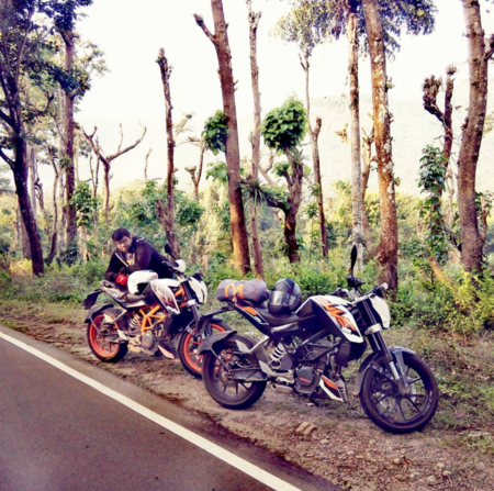 Thrill-Seeking Road Trips in the Mountains of South India are what Dreams are made of! And Coffee!