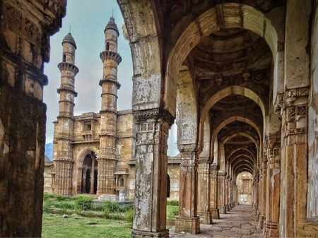 Champaner: A Paradise Of Mosques