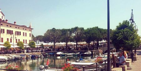 Open air market and good shopping in front of Garda Lake (Italy).