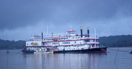 Mumbai to Goa Cruise: Cruise in India from Mumbai to Goa
