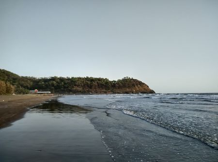 Harihareshwar: Pray by the Bay