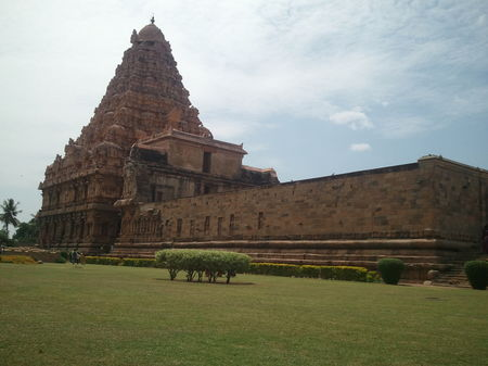 Gangai konda Cholapuram - World Heritage Site beckons you...