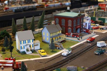 Ridin' the rails at McCormick-Stillman Railroad Park