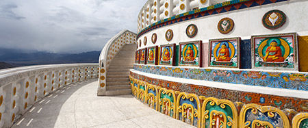 7 Affordable Tour Packages To Make The Most Of Ladakh This Season
