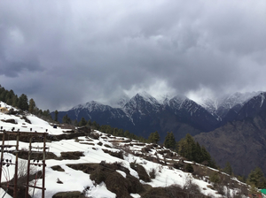 AULI :journey to the heaven of india best for snow adventure lover and panarnomic veiw #tenphotos