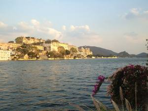 """A city of lakes and romance""-Udaipur"