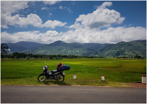 Motorcycle Diaries: Offbeat Vietnam