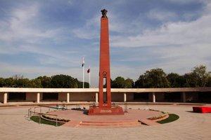 National War Memorial India Gate Delhi - Nomadic Foot