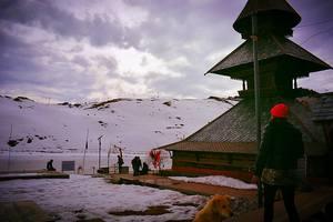 "Parashar Lake ""The Snow Trek"" With Bijli Mahadev Trek"