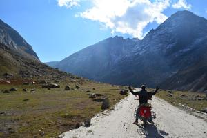 BIKING IN SPITI  VALLEY