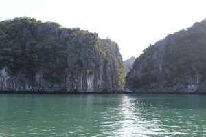 Cat Ba island- Emerald Waters, my first time Kayaking and more!