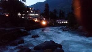Life in Mountains. Hail Himalayas.