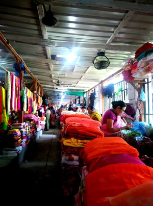 Ima Keithal Woman's Market: Manipur Diaries | mistress of spice and everything nice