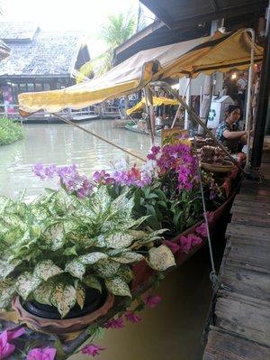 Pattaya Floating Market 1/undefined by Tripoto
