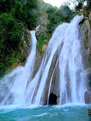 Kempty Waterfall 1/undefined by Tripoto