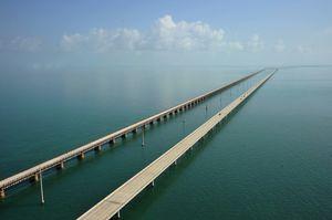 Seven Mile Bridge 1/undefined by Tripoto