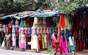 Hindmata Cloth Market 1/undefined by Tripoto