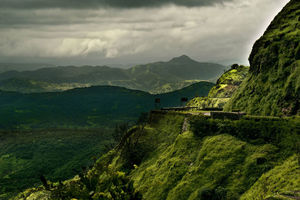 Top Getaways From Mumbai Within 300 Kms