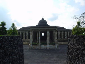 Borobudur 1/undefined by Tripoto