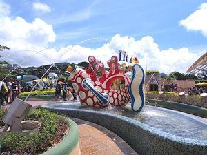 Hong Kong Disneyland 1/9 by Tripoto