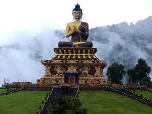 Buddha Park 1/6 by Tripoto