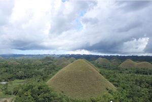 Chocolate Hills National Monument 1/3 by Tripoto