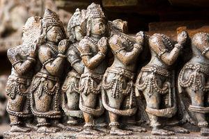 Hoysaleshwara Temple 1/2 by Tripoto