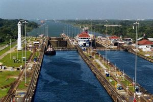 Panama Canal 1/undefined by Tripoto