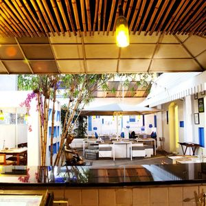 100ft Boutique Bar Restaurant 1/undefined by Tripoto