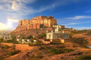 राजस्थान में ऐतिहासिक जगहों में  एक जोधपुर। एक बार जरूर देखें।