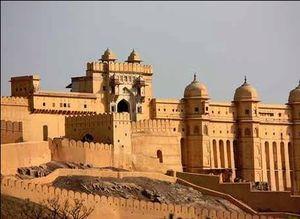 राजस्थान की फम्र्स पिंक सिटी एक बार जरुर देखे।