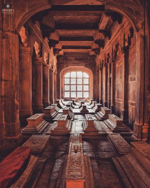 The resting place | Tombs at Fatehpur Sikri