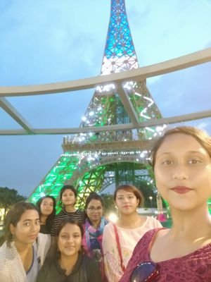 #selfiewithaview #tripotocommunity In front of the beautiful and magical Eiffel tower miniature