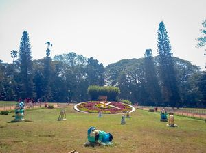 A writer's paradise- Lalbagh Botanical Garden