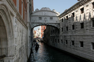 Ponte dei Sospiri 1/1 by Tripoto