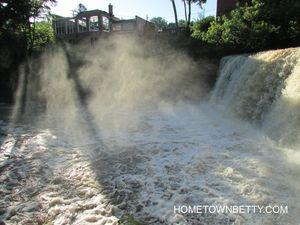 Chagrin Falls, Home of Calvin and Hobbes & Jeni's