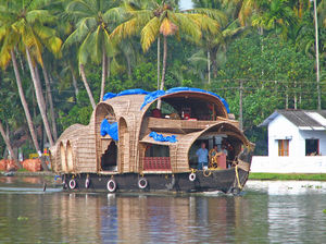 10 Fascinating river cruise experiences of India you should not miss out on!