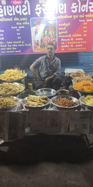 Late night food market, Ahmedabad