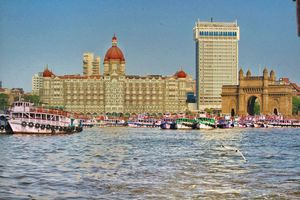 The Three Jewels of MUMBAI. #mumbaimerijaan #mumbai #india #monuments #hotels #rich