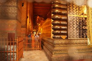 An Instagrammers paradise- Wat pho, the temple of the reclining budhha