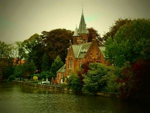 The Unconventional Honeymoon : Bruges