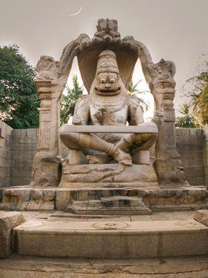 Hampi : Narasimha temple