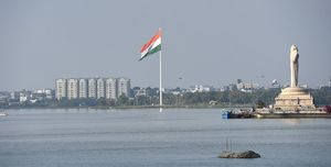 8 FAMOUS LAKES IN HYDERABAD