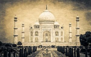 Explore The Most Beautiful Historical Buildings of Agra